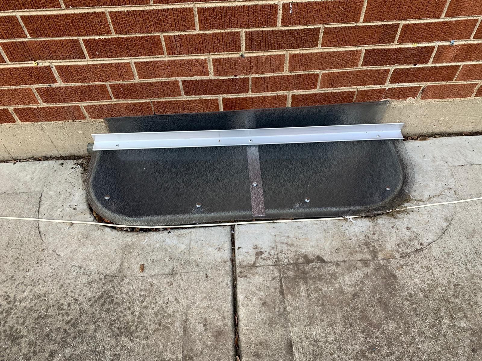 Morris, IL-HandyManny Custom Window Well Covers