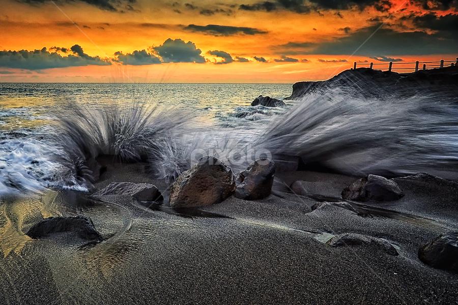 Seseh by Hendri Suhandi - Landscapes Beaches ( splash, sunset, seseh, beach )