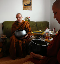Photo: Anumodanā - (sdílení zásluh - transference of merit)