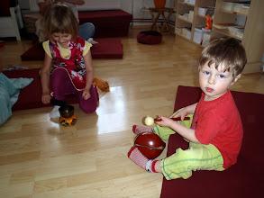 Photo: hraní na instrumenty - playing with instruments