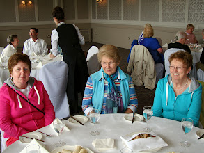 Photo: Móire Stenson, Doris Lackey and Liz Dignam.  I think they are waiting for the soup.