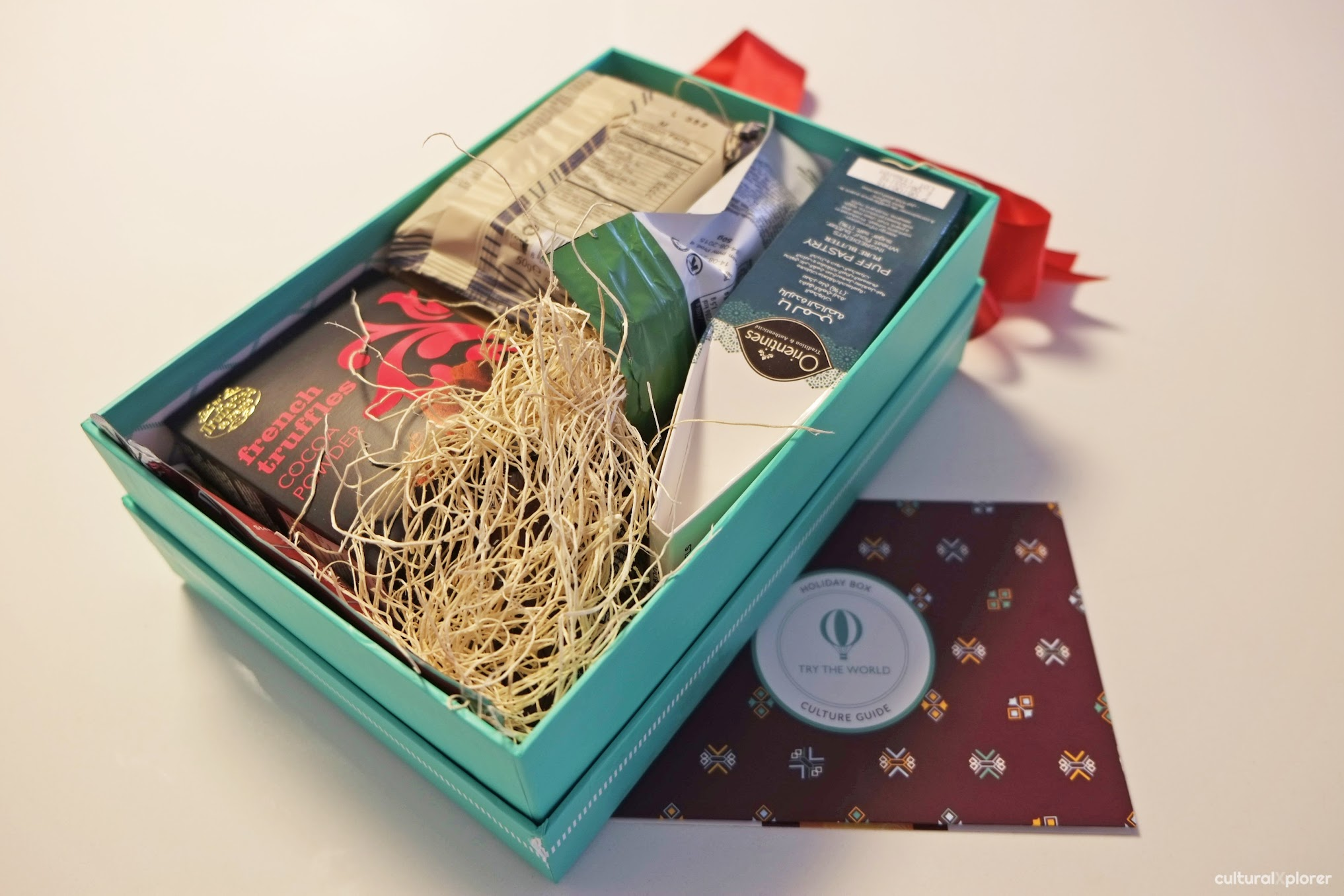 Try the World Holiday Gift Box