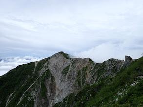 麦草岳への稜線(牙岩)を見る