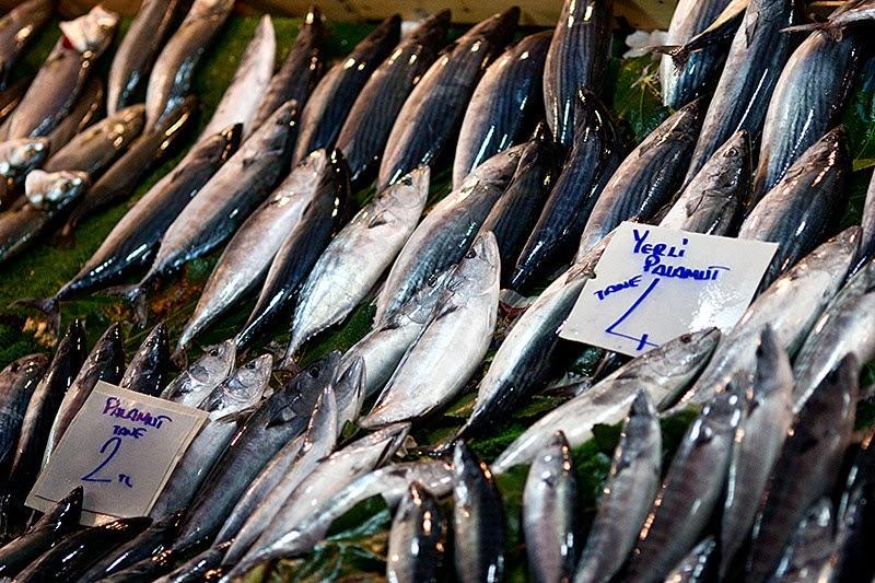 Рыба на стамбульском базаре