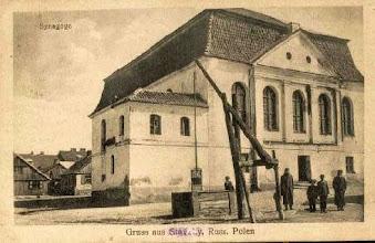 Photo: Synagoga