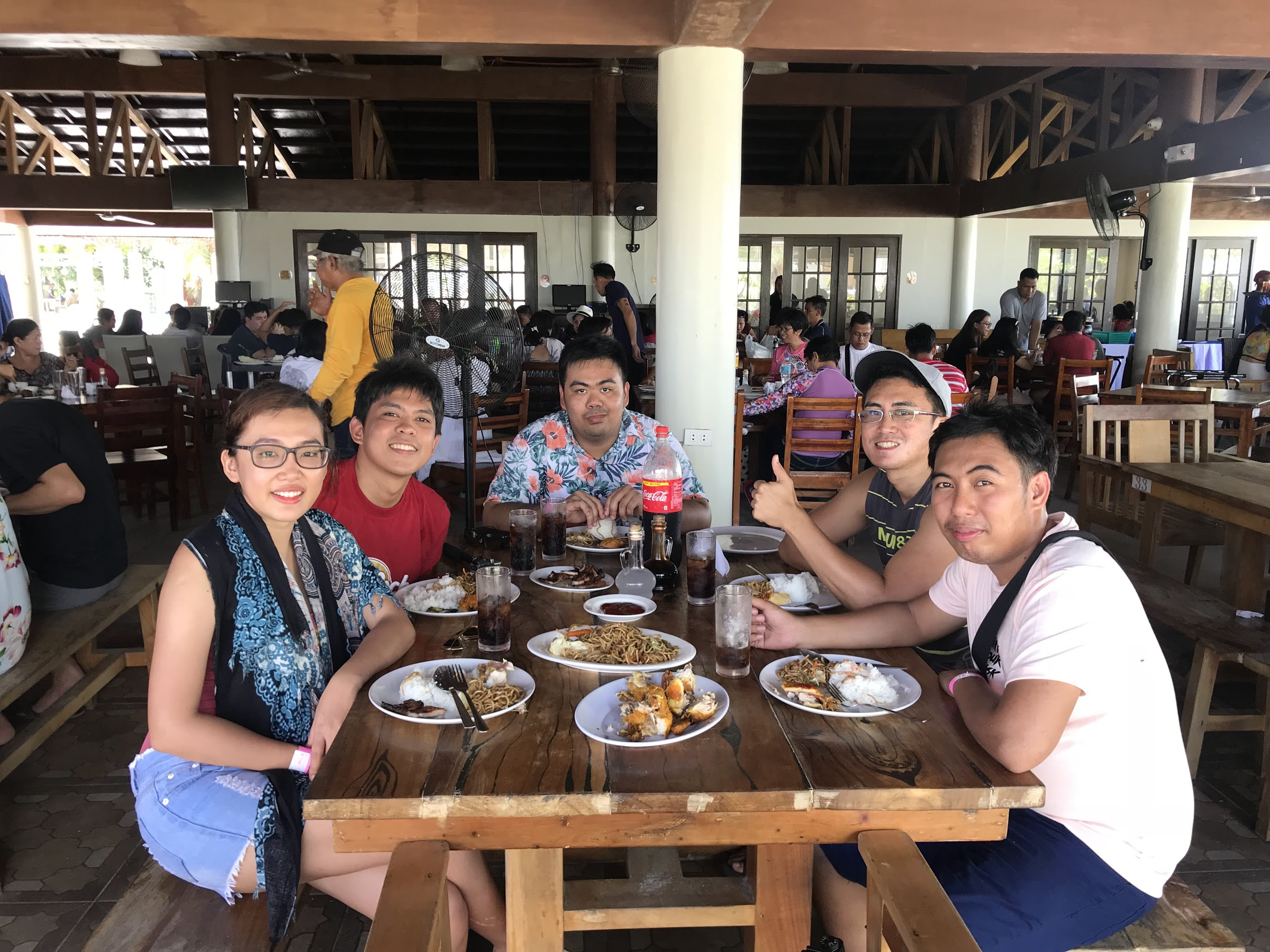 5 people having lunch in Lakawon Island