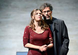 """Photo: WIEN/ Theater in der Josefstadt: """"VOR SONNENUNTERGANG"""" von Gerhard Hauptmann. Premiere 3.9.2015. Marina Senckel, Christian Nickel. . Copyright: Barbara Zeininger"""