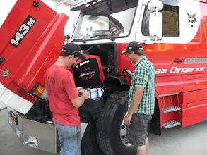 Photo: Hier met zijn 3en met links Tim die werkt aan Mike zijn tractor hij hielp ons snel weer op weg!
