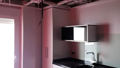 Photo: paredes de cocina enlucidas de masilla oliosintetica y lacadas con esmalte laca