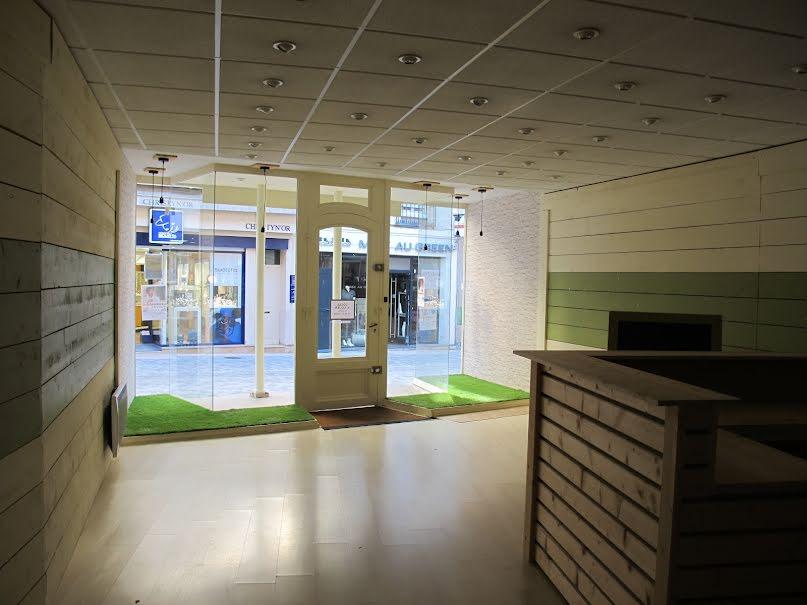 Location  locaux professionnels  63 m² à Autun (71400), 550 €