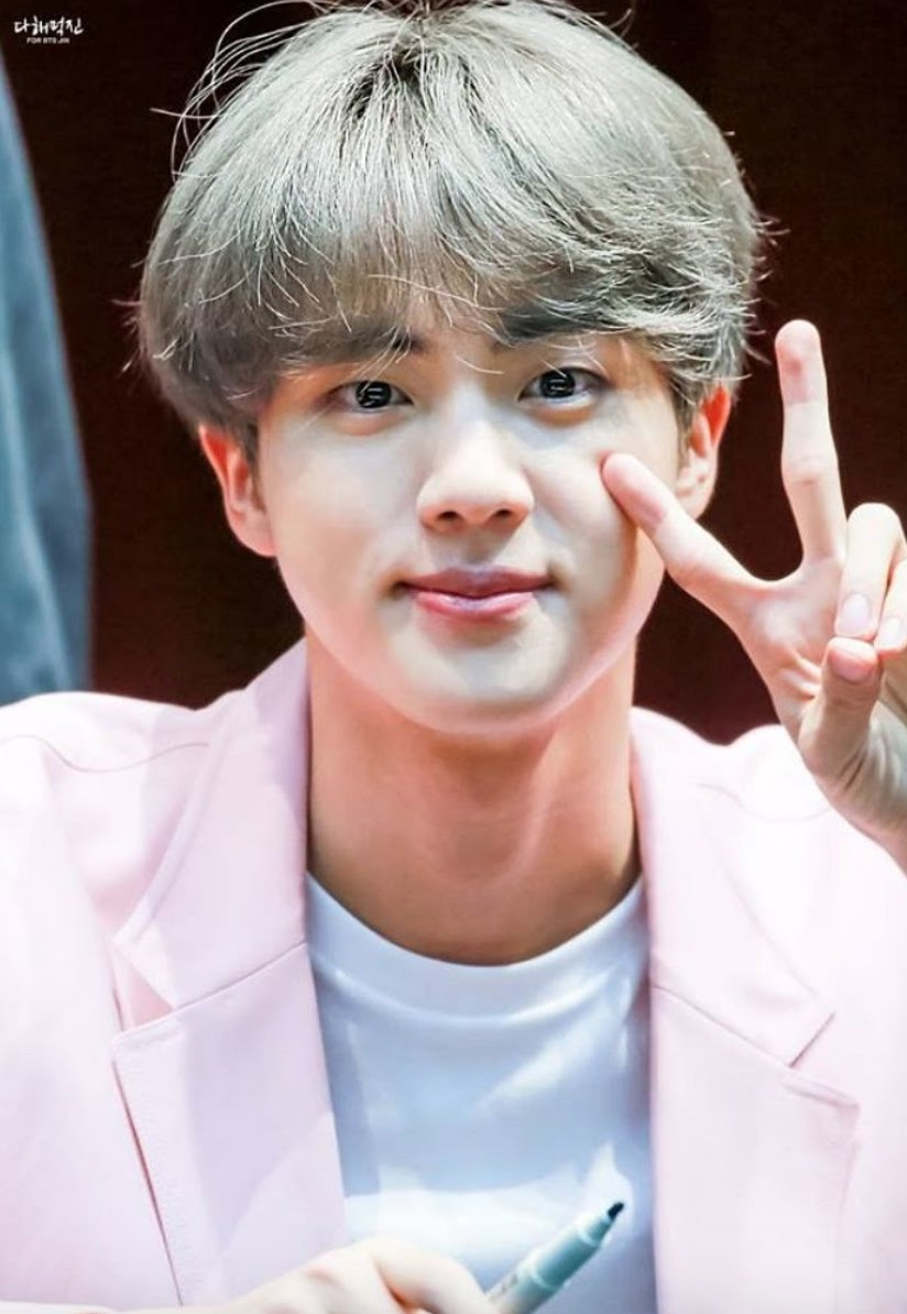 Jin Not Being Allowed To Wear Flower Crowns Worked In The Fans Favor At Bts S Recent Fan Signing Koreaboo