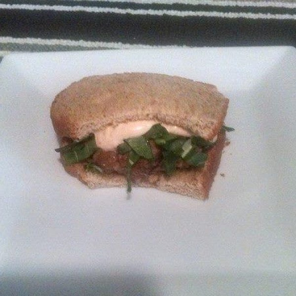 Asian Pork Burger With Chili Garlic Aioli Recipe