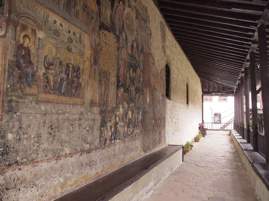 The mural outside the church of Rozen Monastery