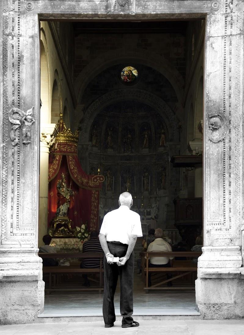 Sulla soglia dell'eternità di Primula Vico