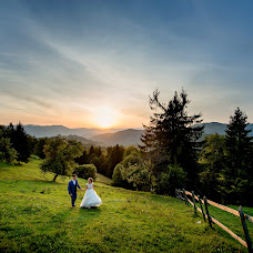 Wedding photographer Andrіy Opir (bigfan). Photo of 22.12.2017