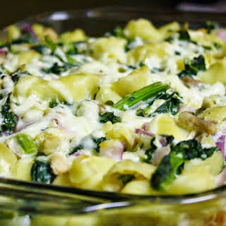 Baked Kale And Chicken Pasta.