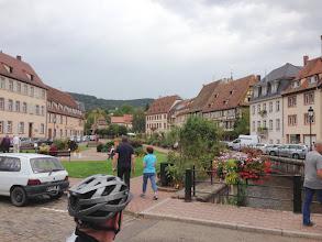 Photo: Nach einem Café-Stop fahren wir wieder nach D.