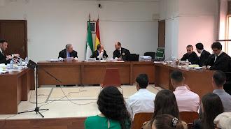 Los acusados en el inicio del juicio oral