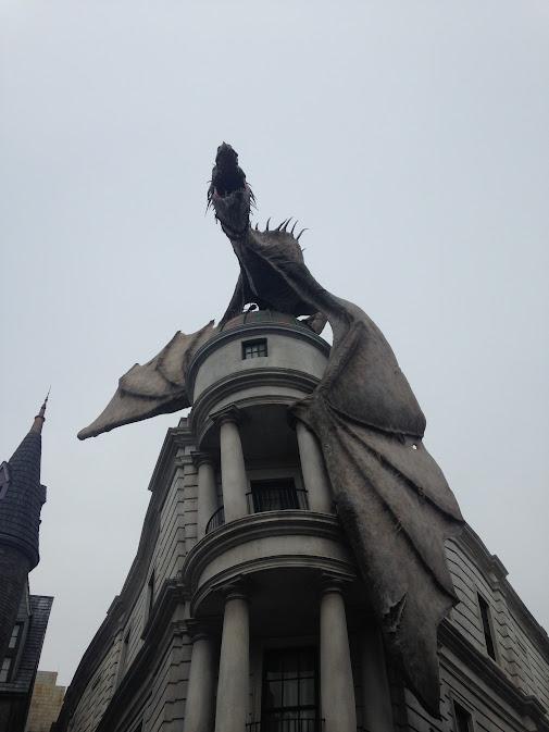 The Gringotts dragon.