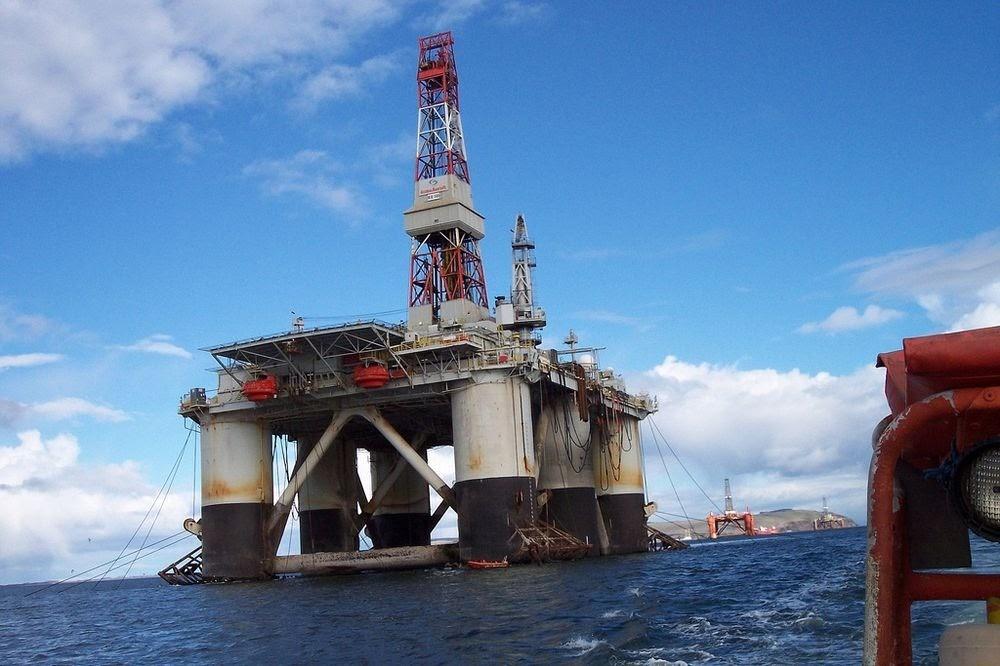 O cemitério de plataformas petrolíferas de Cromarty Firth
