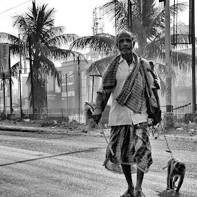 by Souvik Nandi - People Street & Candids