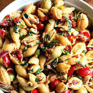 Simple Pasta Salad With Olive Oil Recipes.