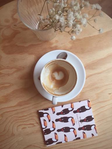 Yellow Tucan Coffee shop Macchiato