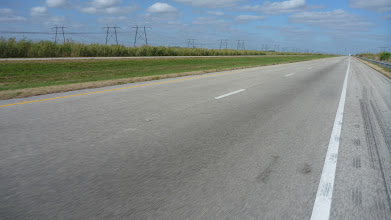 Photo: More tailwind along long straight stretches of mostly empty highway