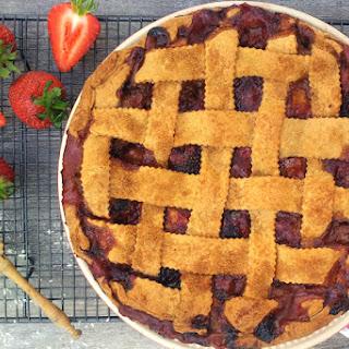 Rhubarb, Strawberry and Banana Pie [vegan]