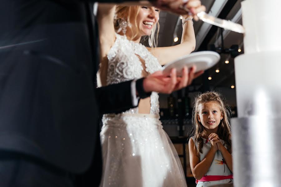 Wedding photographer Слава Семенов (ctapocta). Photo of 28.10.2019