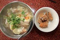 呂記土魠魚羹