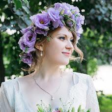 Wedding photographer Valya Lipatova (LipaValenti). Photo of 08.12.2015