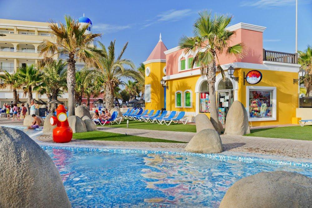 Hotel mediterr neo bay roquetas de mar costa de almer a - Decoracion almeria ...