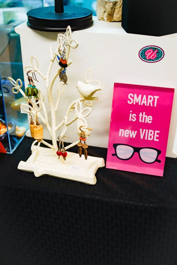Uneena's: Smart is the new Vibe