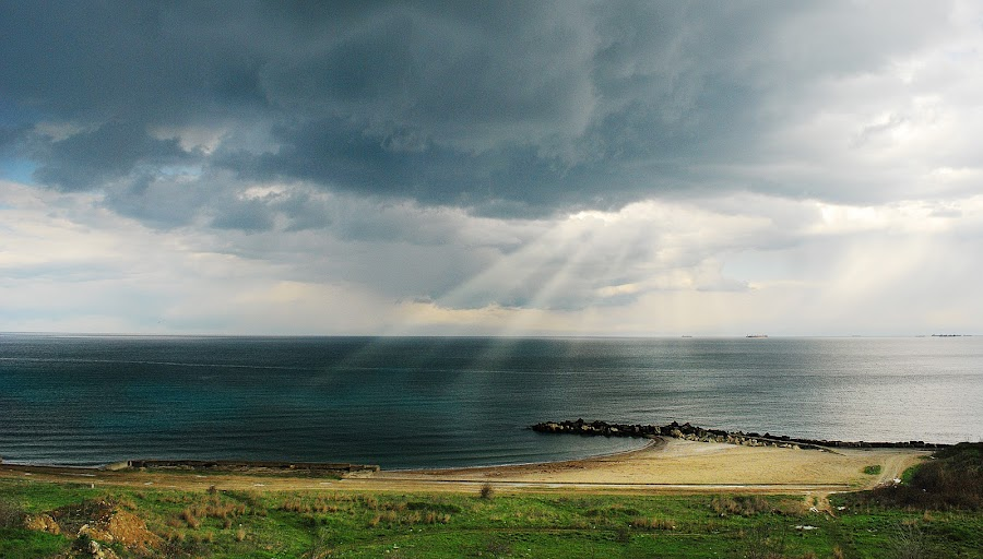 Storm coming by Alex Alex - Landscapes Waterscapes ( coming, storm )