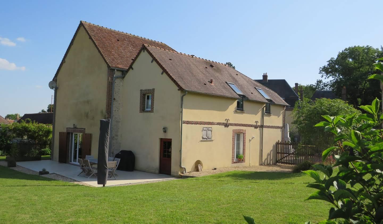 Maison avec piscine et jardin Neuilly-sur-Eure