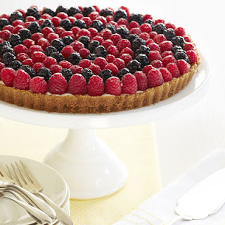 Honey-Drizzled Berry Tart
