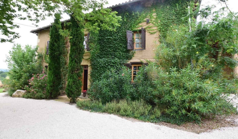 House with terrace Boulogne-sur-Gesse