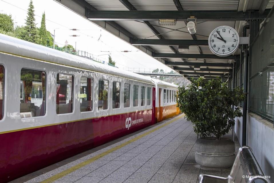 Do Porto à estação do Tua, num comboio dos anos 40