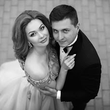 Wedding photographer Rustam Maksyutov (rusfoto). Photo of 24.10.2017