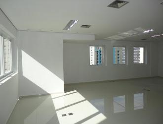 Sala Comercial de 60m² para Alugar