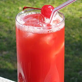 Alabama Slammer Cocktail.