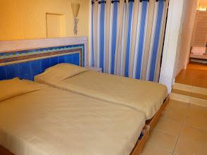 Photo: #001-Chambre du Club Med de Sant'Ambroggio