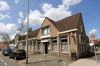 Photo: Serie Op Cafe: Cafe De Ram in Roosendaal. Peter en Lian van Dongen. Tekst en foto Leon Krijnen.