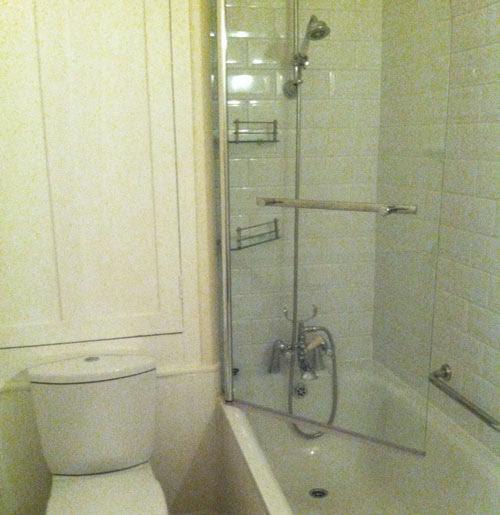 17. Daring Bathrooms