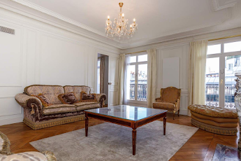 3 bedroom serviced apartment in Haussmann, Champs Elysees