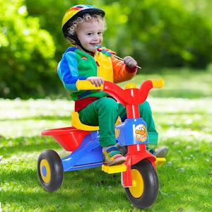 Tricicleta pentru copii, cu pedale si claxon, cos de cumparaturi, Multicolor