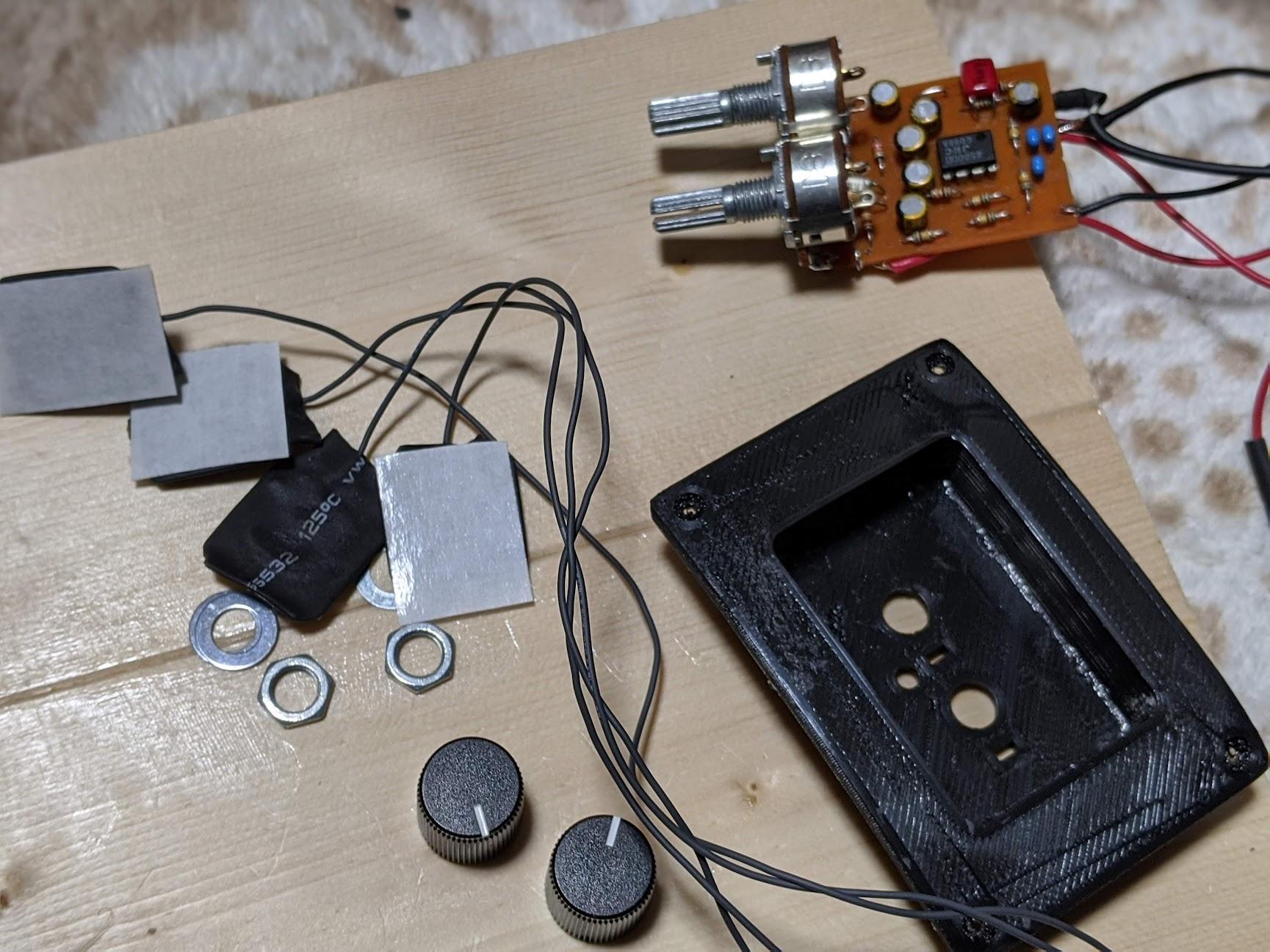 マルティネス(Martinez) エレガットのピックアップを2チャンネルシステムに改造