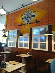Dcrepes Cafe photo 12
