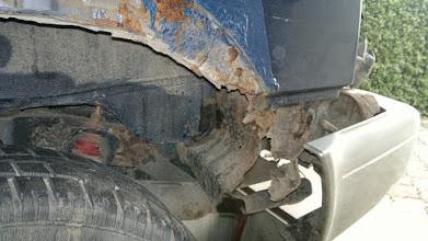 Photo: Lewy tył pod zderzakiem
